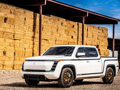 Lordstown Motors stops work on electric van to focus on pickup truck