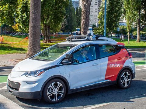 Cruise commits to using '100 percent renewable energy' to power its self-driving taxis