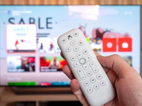 8BitDo's Xbox media remotes are cute and cheap