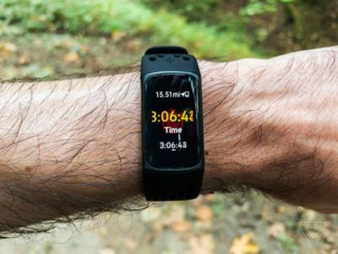 Fitbit Charge 5 review: touchscreen fatigue