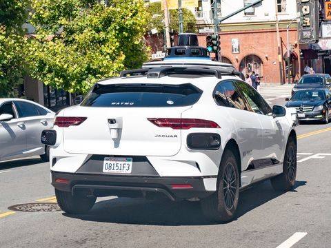 Waymo's autonomous vehicles keep getting stuck in a dead-end street in San Francisco