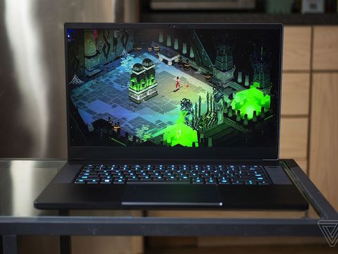 The Razer Blade 15 Advanced is $800 off at Amazon today