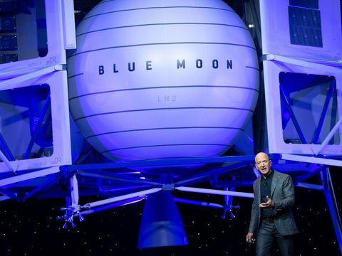 Jeff Bezos offers NASA $2 billion to pick Blue Origin's lunar lander in last-minute plea