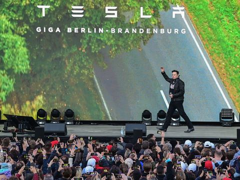 Musk says Tesla will begin production at its German Gigafactory by the end of the year