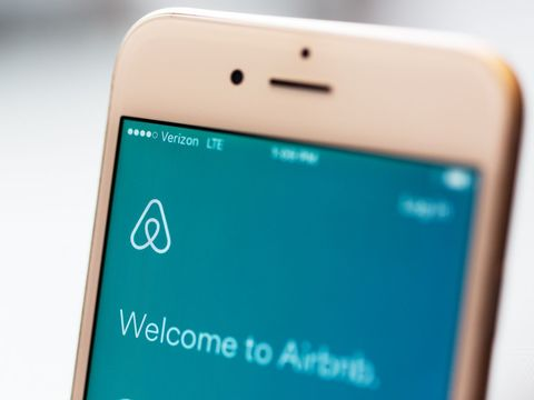 Airbnb laying off 25 percent of its staff